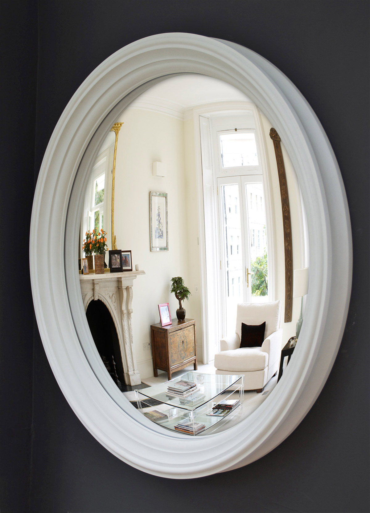 Large decorative convex mirror in white Lucca 105cm image
