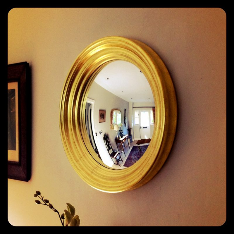 Gold convex mirror image